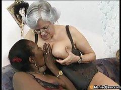 Cặp vợ chồng Serbia có giới tính tại trang chủ (hậu môn)
