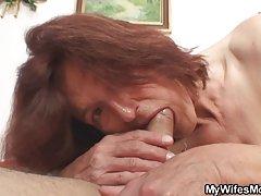strapon hai đồng tính nữ với tự nhiên boobs satify lẫn nhau